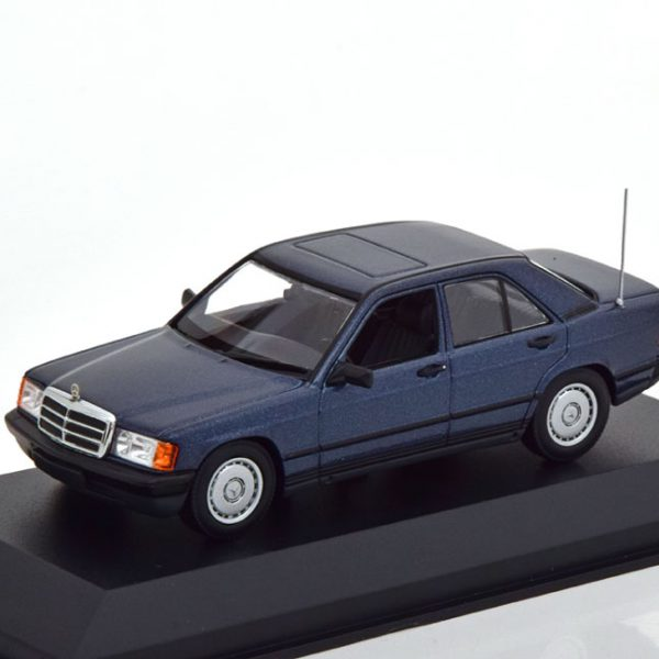 Mercedes-Benz 190E 1984 Blauw Metallic 1-43 Maxichamps