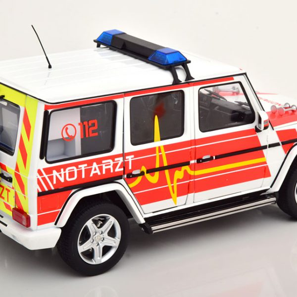 Mercedes-Benz G-Klasse 2015 ( W463 ) Notarzt 1-18 Iscale Limited 500 Pieces