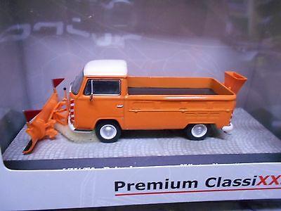 """Volkswagen T2A Pritschenwagen """"Winterdienst"""" Oranje / Wit 1-43 Premium Classixxs Limited 500 Pieces"""