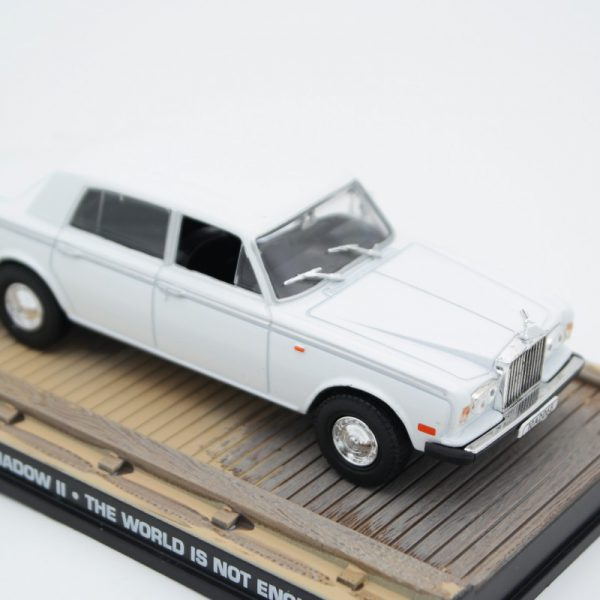 """Rolls-Royce Silver Shadow II Wit """"The World is Not Enough"""" 1-43 Altaya James Bond 007 Collection"""