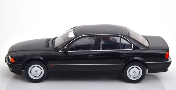 BMW 740i E38 ( 1.Serie) 1994 Zwart Metallic 1-18 KK Scale Limited 1000 Pieces