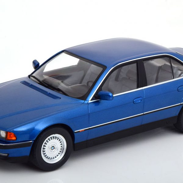 BMW 740i E38 ( 1.Serie) 1994 Blauw Metallic 1-18 KK Scale Limited 1000 Pieces