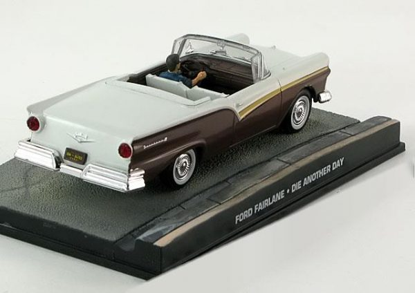 "Ford Fairlane james Bond ""Die Another Day"" 1-43 Altaya James Bond 007 Collection"