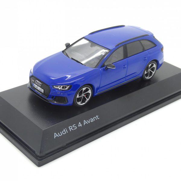 Audi RS4 Avant 2018 Nogaro Blue 1-43 Spark