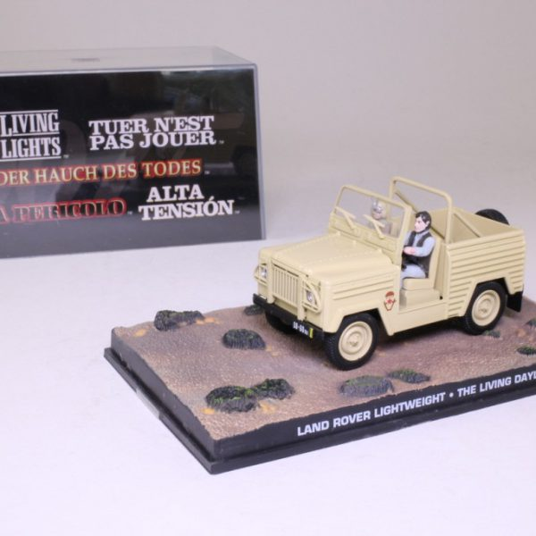 "Land Rover Lightweight James Bond ""The Living Daylights"" 1-43 Altaya James Bond Collection"