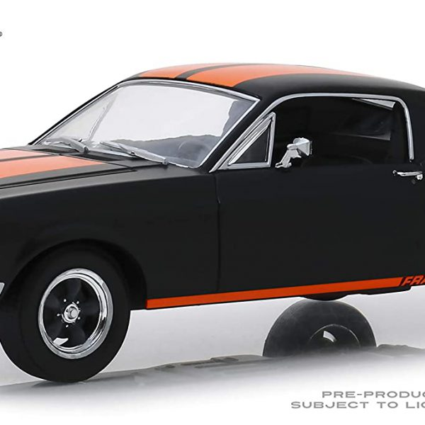 "Ford Mustang GT Fastback 1968 ""Fram"" Matzwart / Oranje 1-24 Greenlight Collectibles"
