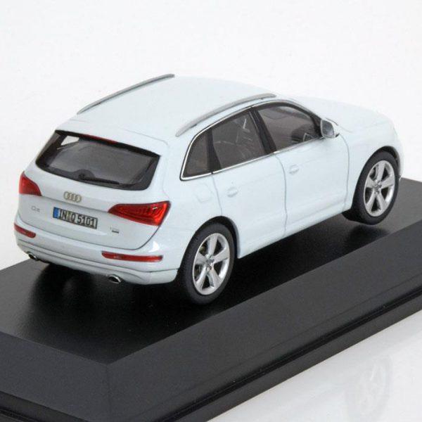 Audi Q5 2013 5-Deurs Wit 1-43 Schuco