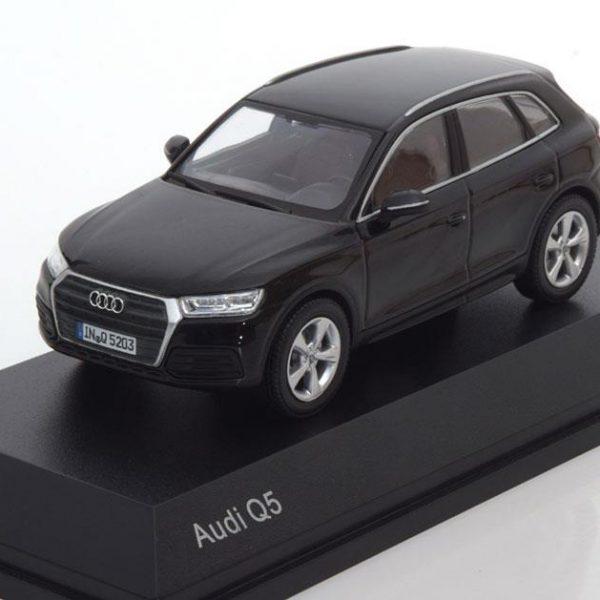 Audi Q5 2016 Zwart 1-43 Iscale