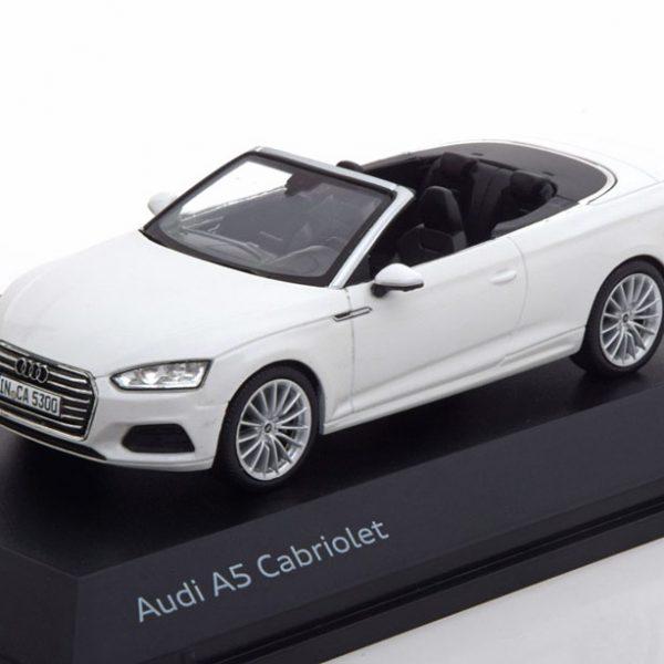 Audi A5 Cabrio 2017 Wit Metallic 1-43 Spark