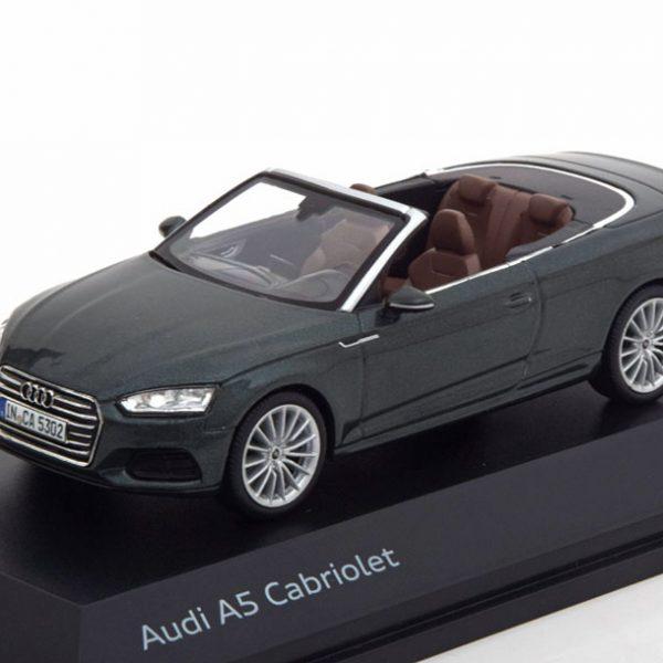 Audi A5 Cabrio 2017 Groen Metallic 1-43 Spark