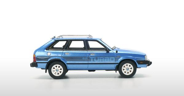 Subaru Leone 1800 1983 Blauw 1-43 DNA Collectibles Limited 370 Pieces