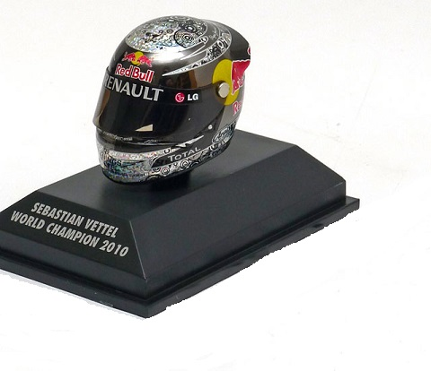 Helm Sebastian Vettel Arai Helm Red Bull Racing GP Abu Dhabi 2010, World Champion 1-8 Minichamps