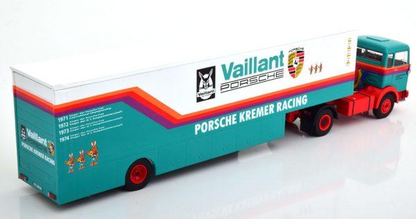"""Mercedes-Benz LPS 1632 Renntransporter """"Porsche Kremer Racing"""" 1-43 Ixo Models"""