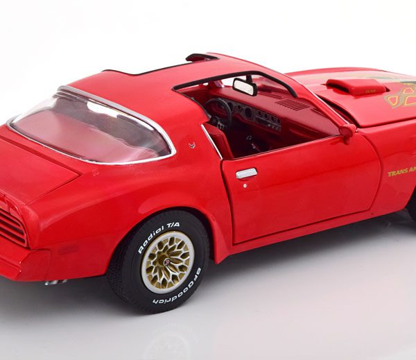 Pontiac Firebird Trans Am 1977 Rood 1-18 Ertl Autoworld Limited 1002 Pieces