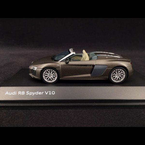 Audi R8 Spyder V10 2015 Matbruin 1-43 Herpa