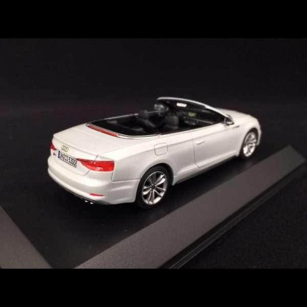 Audi S5 Cabriolet 2016 Tofana White 1-43 Paragon Models