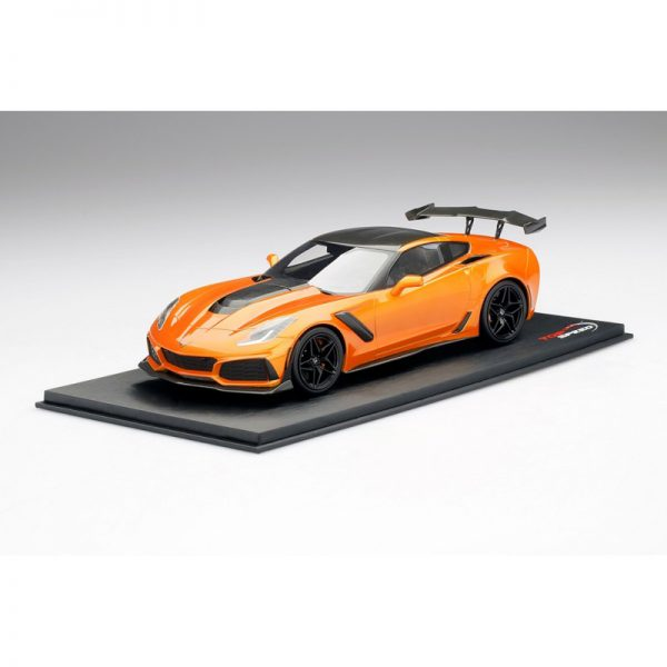 Chevrolet Corvette C7 ZR-1 2019 High Voltage Tint Oranje 1-18 Top Speed Limited 999 Pieces