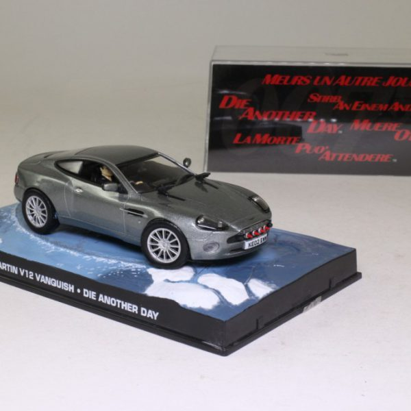 "Aston Martin V12 Vanquish James Bond ""Die Another Day"" Grijs 1-43 Altaya James Bond 007 Collection"