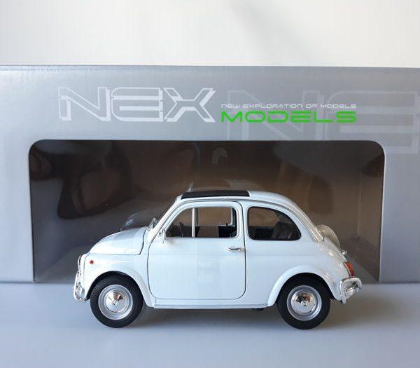 Fiat 500 Nuova Wit 1-18 Welly