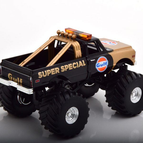 "Chevrolet K-10 ""Gulf Super Special"" Monstertruck 1971 Zwart / Goud 1-43 Greenlight Collectibles"