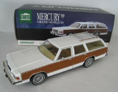 Mercury Grand Marquis 1989 Wit / Bruin 1-18 Greenlight Collectibles