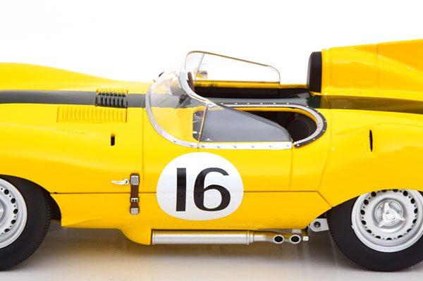 Jaguar D-Type Short Nose No.16, 24h Le Mans 1957 Geel Frere/Rousselle 1-18 CMR Models