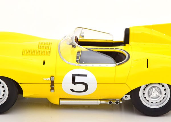 Jaguar D-Type Short Nose No.5, 24h Le Mans 1956 Geel Swaters/Rouselle 1-18 CMR Models