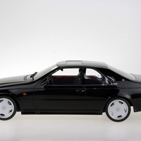 Mercedes-Benz AMG CL600 7.0 Coupe Zwart 1-18 LS Collectibles Limited 250 Pieces