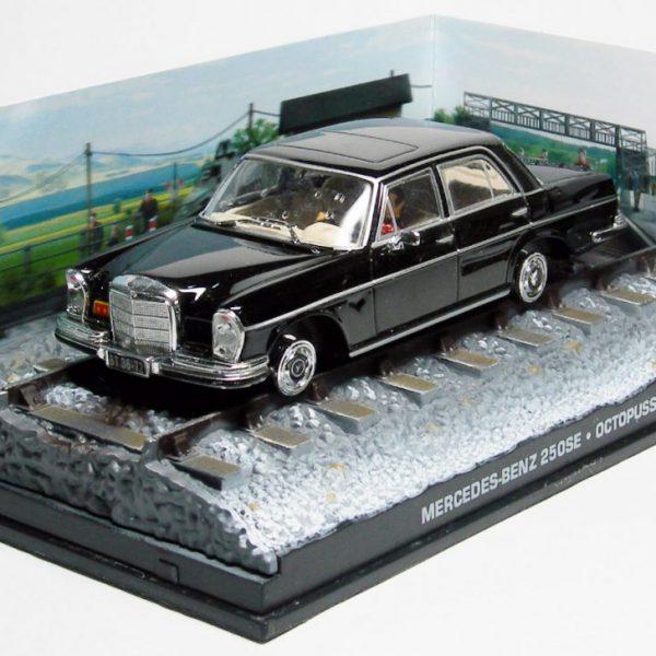 """Mercedes-Benz 250SE James Bond """"Ocotpussy"""" Zwart 1-43 James Bond 007 Collection"""
