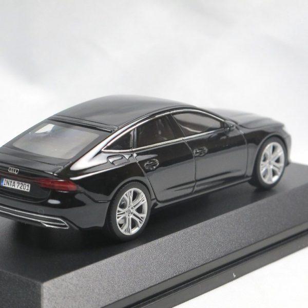 Audi A7 Sportback 2017 Zwart 1-43 Iscale