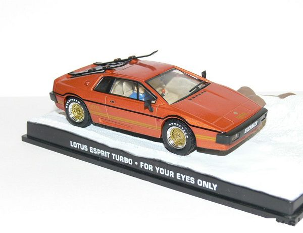 "Lotus Esprit Turbo James Bond ""For Your Eyes Only"" 1-43 Altaya James Bond 007 Collection"