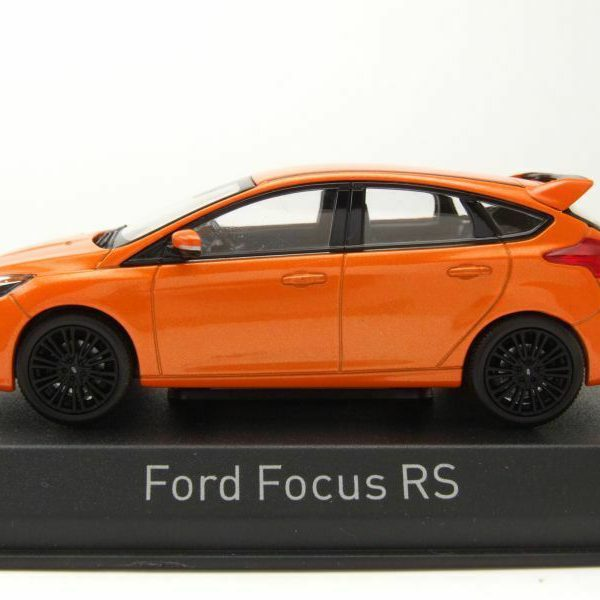 Ford Focus RS 2016 Oranje Metallic 1-43 Norev
