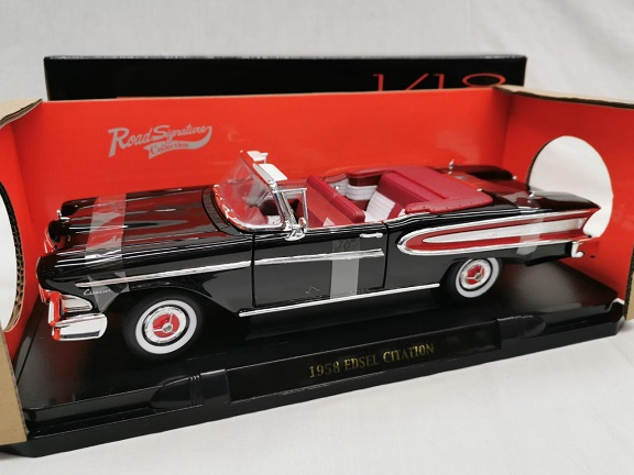 Edsel Citation 1958 Convertible Zwart 1-18 Lucky Diecast