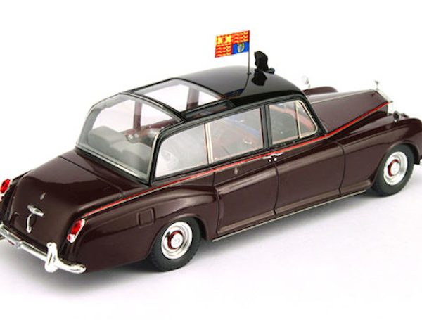 Rolls Royce Phantom V 1960 Canberra - HM The Queen 1-43 Bordeaux-rood True Scale Miniatures