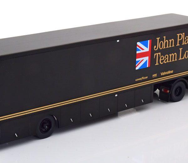 "Volvo F88 ""Renntransporter"" John Player Team Lotus Zwart /Goud 1-43 Ixo Models"