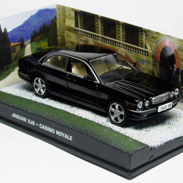 "Jaguar XJ6 James Bond ""Casino Royale"" Zwart 1-43 Altaya James Bond 007 Collection"