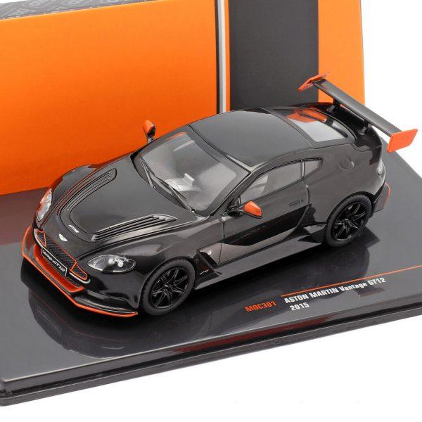 Aston Martin Vantage GT12 2015 Zwart 1-43 Ixo Models