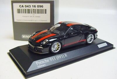 Porsche 911R ( 991) 2016 Zwart / Rood 1-43 Minichamps Limited 200 Pieces