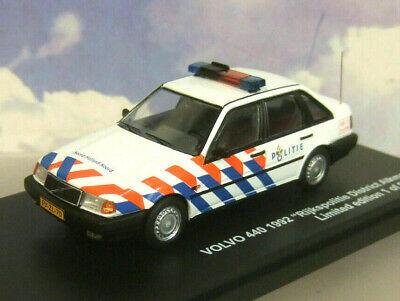Volvo 440 Rijkspolitie District Alkmaar 1992 1-43 Triple 9 Collection Limited 504 Pieces