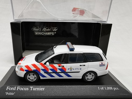 Ford Focus Break 1997 ( Nederlandse Politie ) 1-43 Minichamps Limited 1008 Pieces