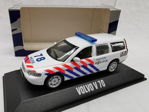 Volvo V70 Break ( Nederlandse Politie Omgebouwd ) 1-43 Minichamps