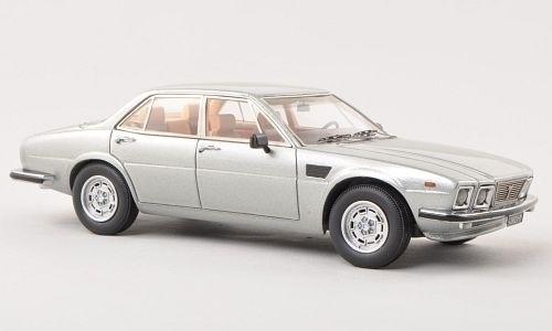 De Tomaso Deauville 1978 Zilver 1-43 Neo Scale Models