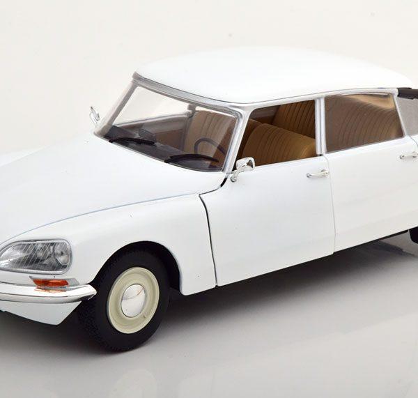 Citroen DS 1972 Wit 1-18 Solido