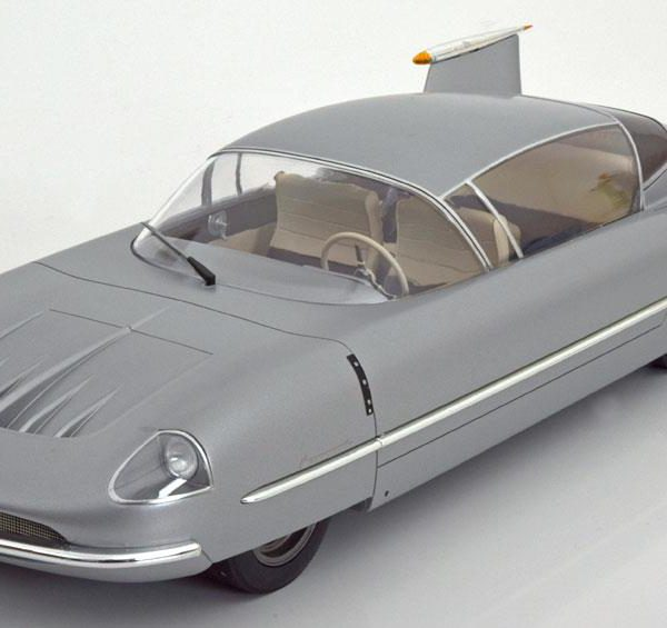 Borgward Traumwagen Concept Car 1955 Zilver 1-18 BOS Models Limited 1000 Pieces