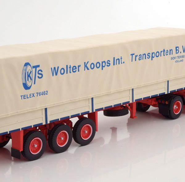 """Scania LBT 141 """"Walter Koops Int. Transporten"""" 1976 Blauw / Rood / Beige 1-43 Ixo Models"""