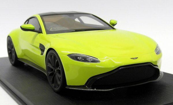 Aston Martin 2018 Vantage Lime Essence 1-18 Top Speed