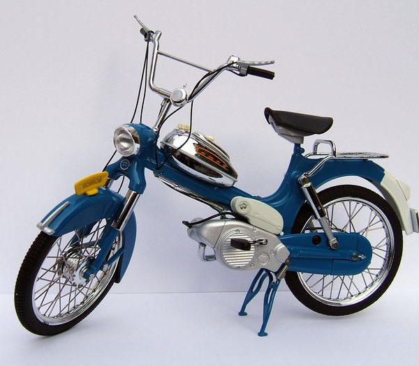 Tomos 3L Blauw/Zilver 1-10 WSI Collectibles