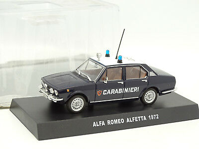 Alfa Romeo Alfetta Carabinieri 1972 Blauw 1-43 Altaya