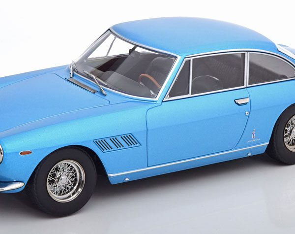 Ferrari 330 GT 2+2 1964 Blauw Metallic 1-18 KK Scale Limited 750 Pieces