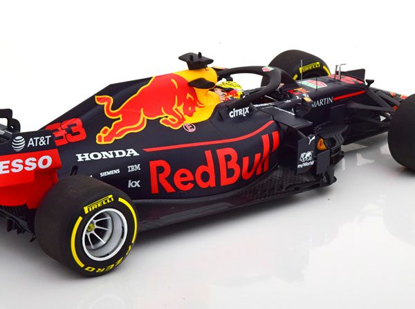 Aston Martin Red Bull Racing Honda RB15 Winner GP Oostenrijk 2019 Max Verstappen 1-18 Minichamps Limited 504 Pieces